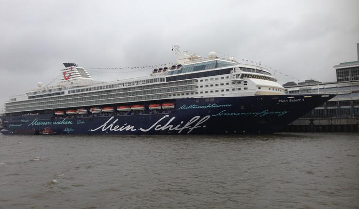Darum ist ein großes Schiff besser als ein kleines Kreuzfahrtschiff MeinSchiff